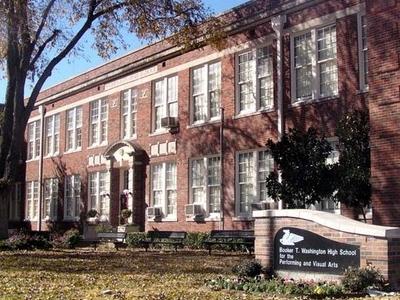 Booker  T .  Washington  High  School