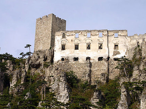 Burgruine Rauhenstein