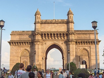 Crowd Gateway Of India
