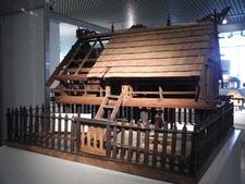Model Hut Display