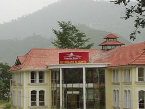 Riverside Resorts