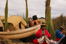Lago Titicaca & Local Folks - Puno City Peru
