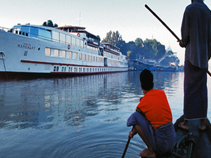 Ayeyarwaddy River Luxury Cruise Tour (16 Pax Packages) Photos
