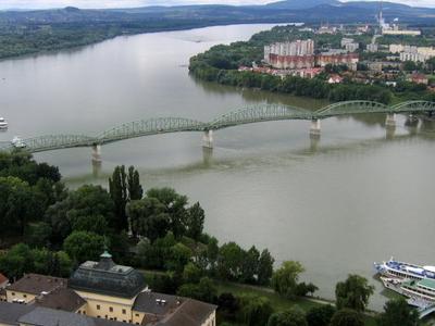 The Maria Valeria Bridge