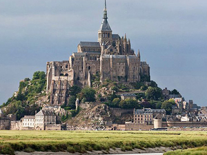 Private Day Tour of Mont Saint-Michel from Bayeux Photos