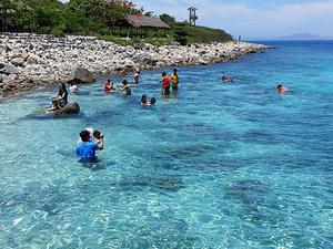 Possible Super Tour 6 Days Departs: Nha Trang - Hoi An Photos