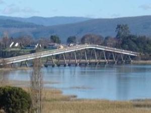 Rio Cruces Bridge
