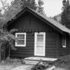 Swiftcurrent Ranger Station Historic Cabin - Glacier - USA
