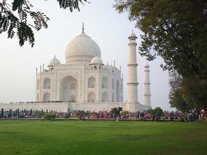 Taj Mahal Tour by Car from Delhi Photos