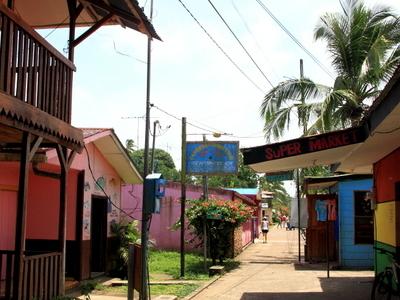 Tortuguero  2 C  Costa  Rica
