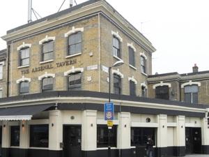 Arsenal Tavern Hostel