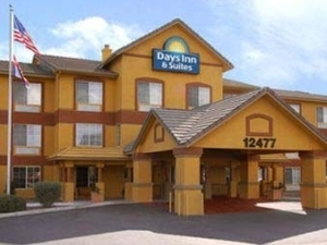 Days Inn And Suites Surprise A