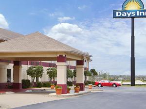 Days Inn Commerce