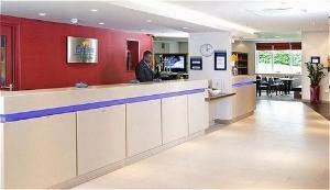 Holiday Inn Exp Dartford Brdge
