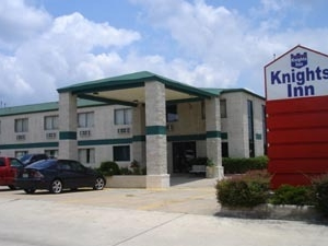 Knights Inn Channelview