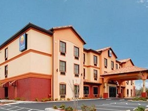 Comfort Inn and Suites St. Petersburg