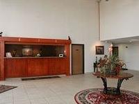 Howard Johnson Inn And Suites