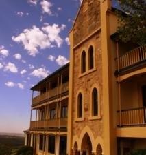 Grand Mercure Mount Lofty House