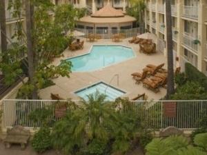 Radisson Suite Rancho Bernardo
