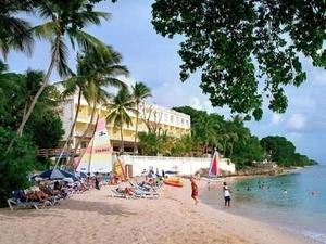 Escape Hotel And Spa All Inc