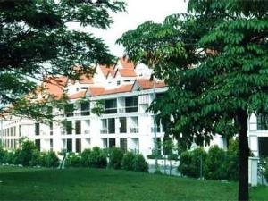 Duta Villas Golf Resort