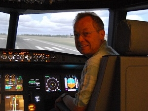 Flightsimulator A 320 Berlin Photos