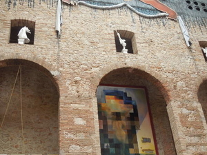 Girona, Figueres and Dali Museum Day Trip from Barcelona Photos