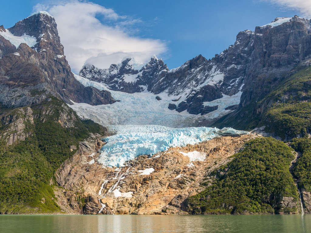 Discover Patagonia 4 Days Torres Del Paine National Park